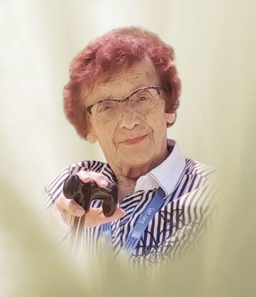 Yvette Charest Gourde - 1927-2019